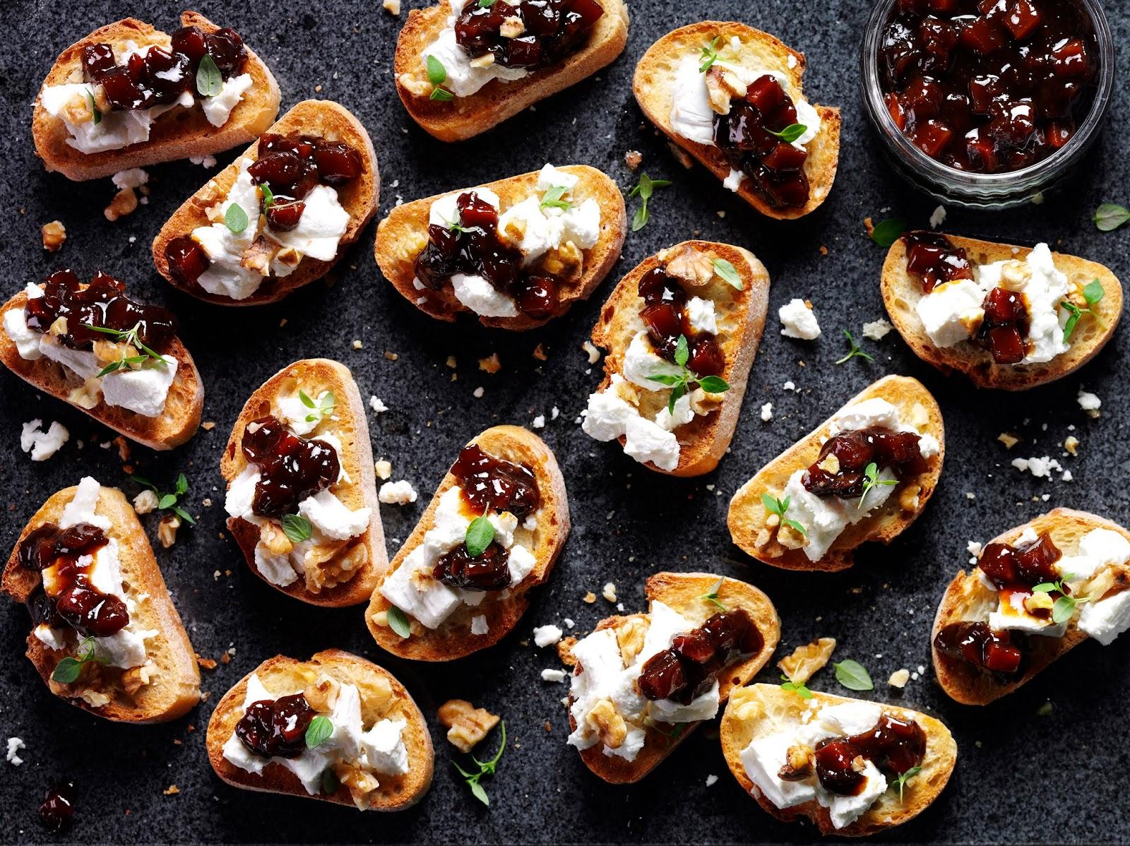 Goats Cheese Crostini: Savoury Party Snack Ideas