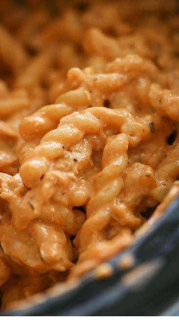 Creamy Italian Crockpot Chicken Pasta