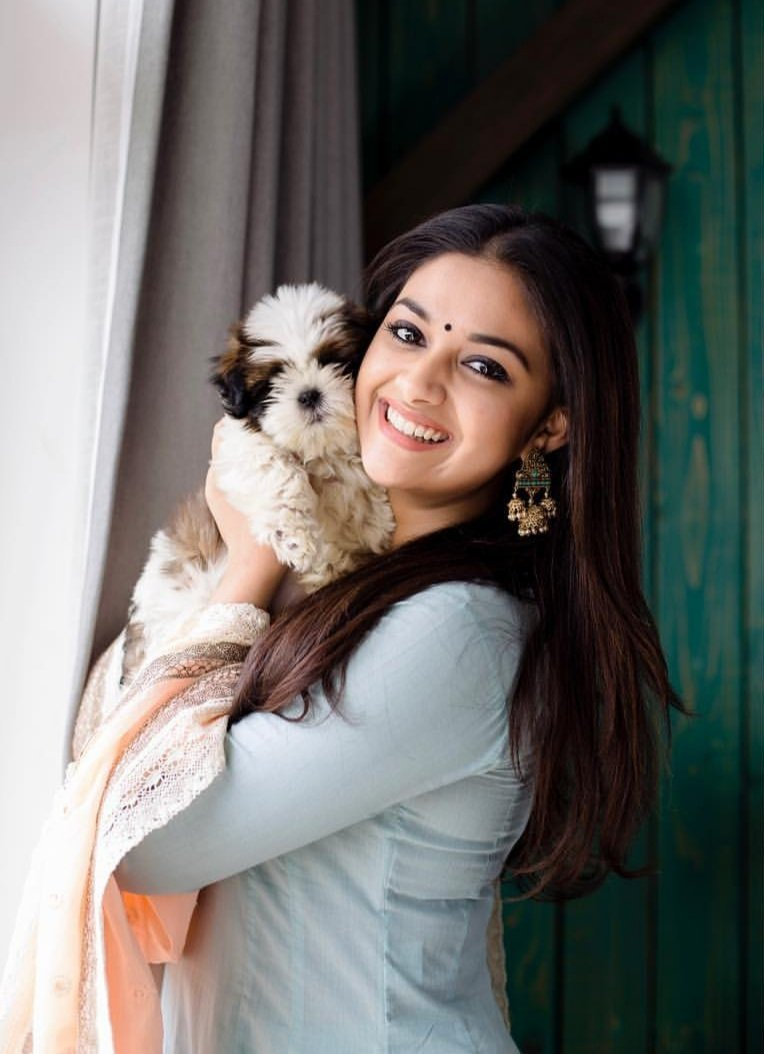 Actress Keerthy Suresh Latest Cute Photos