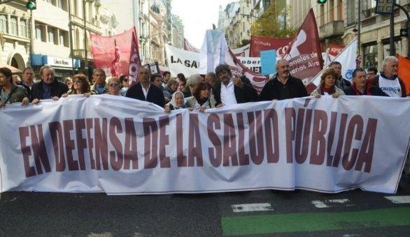 Argentinos se movilizan en defensa de la salud pública