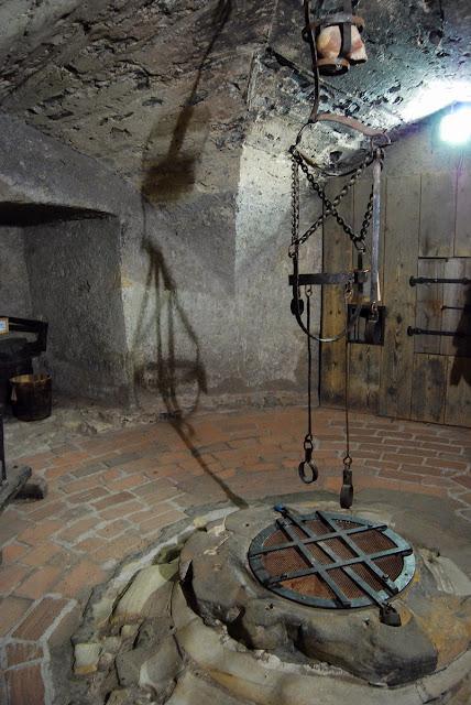 intérieur austère de l'ancienne prison Daliborka Prague