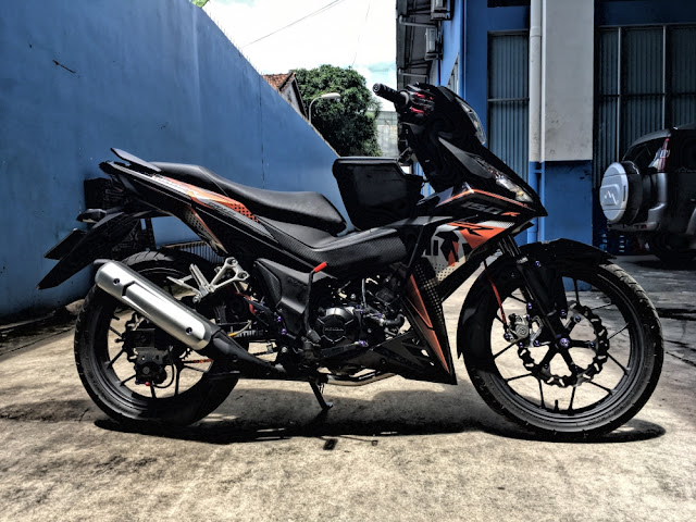 winner-150-do-an-tuong-voi-cap-phanh-doi-xung-cua-biker-nguoi-viet