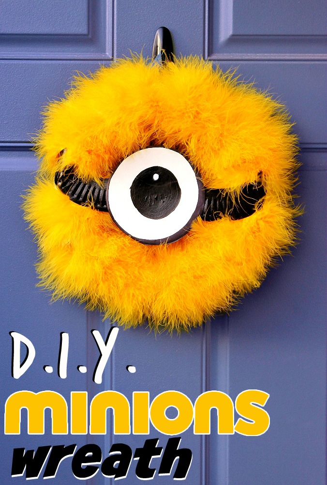 D.I.Y. Minions Wreath for Under $10 In 15 Minutes!