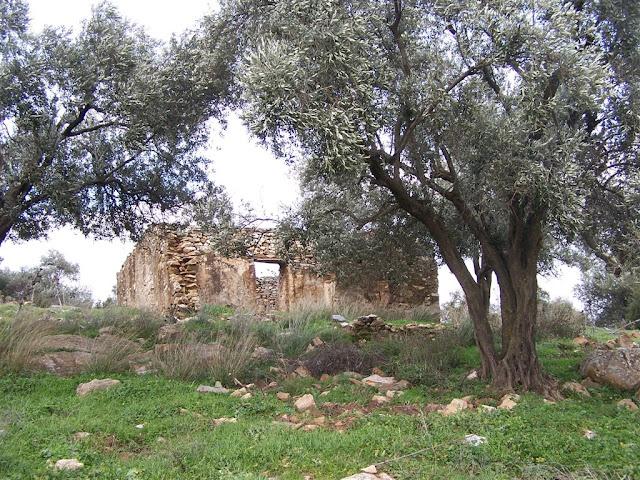 Manastır mevkiindeki iki odalı yapı