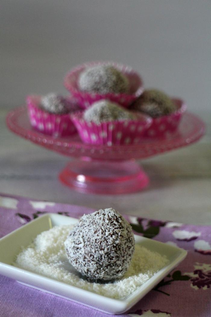 bolas-de-chocolate-y-coco, chokladboll, receta-suecia