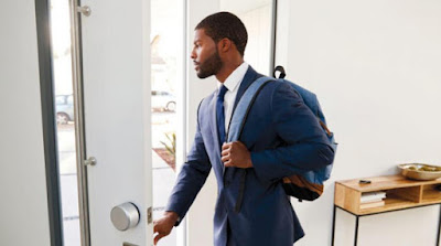 The backpack, which was associated with children and schoolchildren, reached adulthood and lost its infantile innocence, after it became the target of reaching the man's back to his pocket.