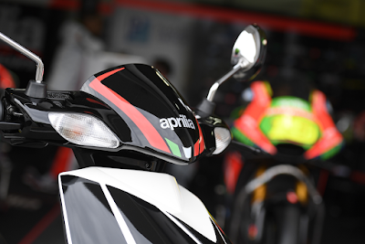 Upcoming 2016 Aprilia SR 150 black Hd Wallpapers 0