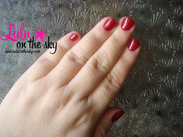 Escarlate - Risqué é a minha unha da semana - blog luluonthesky