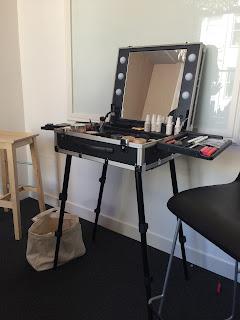 bareMinerals makeup artist