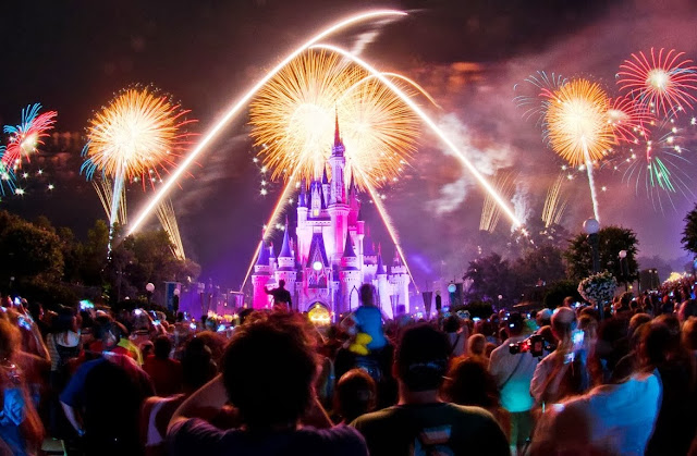 Magic Kingdom Fogos Disney