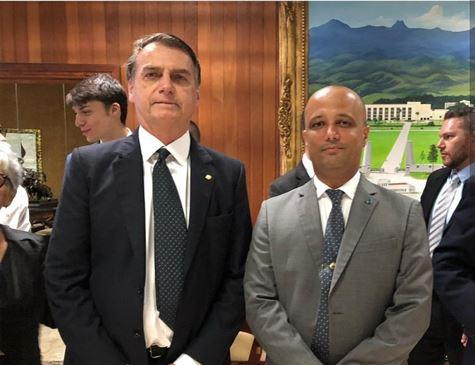 Major do PSL será o líder do governo na Câmara, confirma Bolsonaro