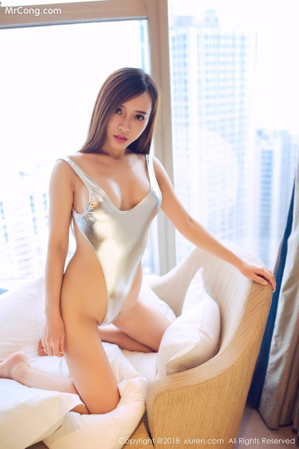 Image XIUREN-No.946-Ai-Xiao-Qing-MrCong.com-035 in post XIUREN No.946: Người mẫu Ai Xiao Qing (艾小青) (46 ảnh)