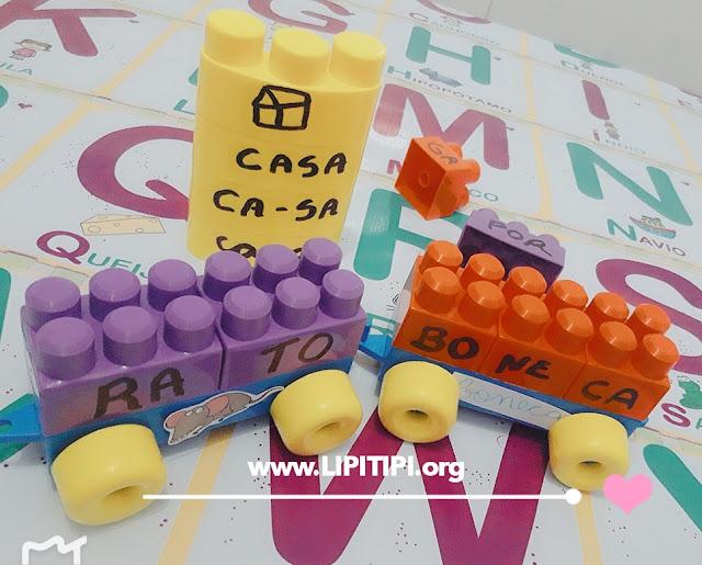 Formando palavras com peças de lego