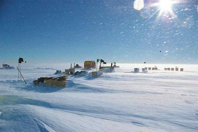 Acampamento de cientistas mudava de local metodicamente. Foto Knut Christianson