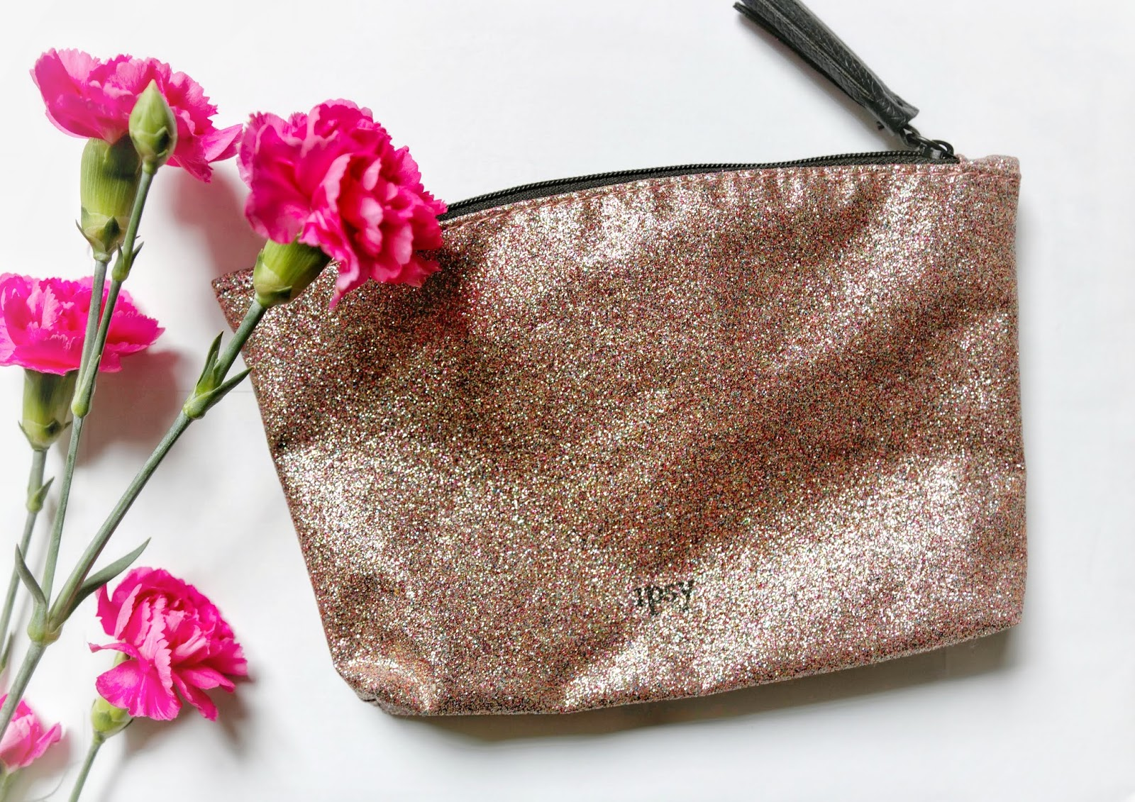 ipsy glam bag glitter bag may 2019 beauty guru review makeup