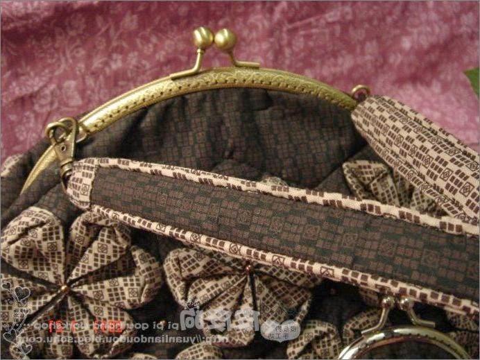 Сумка с фермуаром, Handbag with clasp and flowers