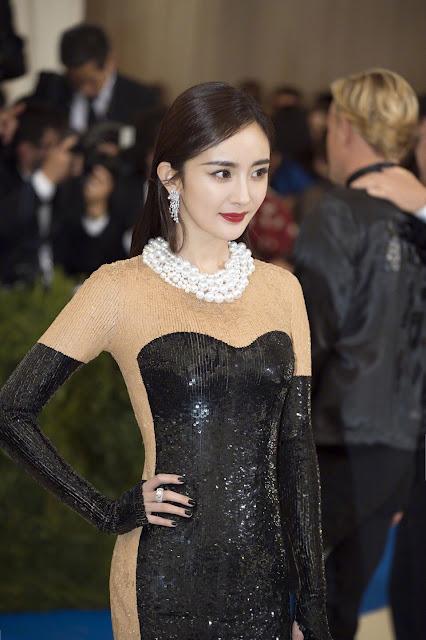 Yang Mi Met Gala 2017