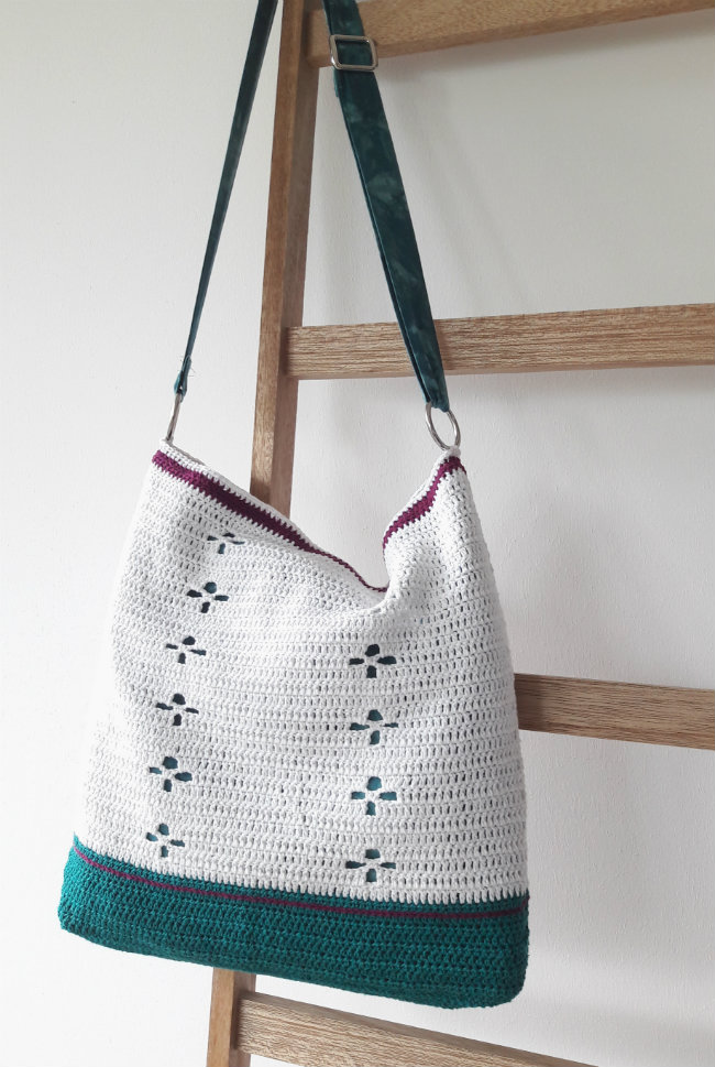 Funky Fifties Bag: crochet pattern by Happy in Red