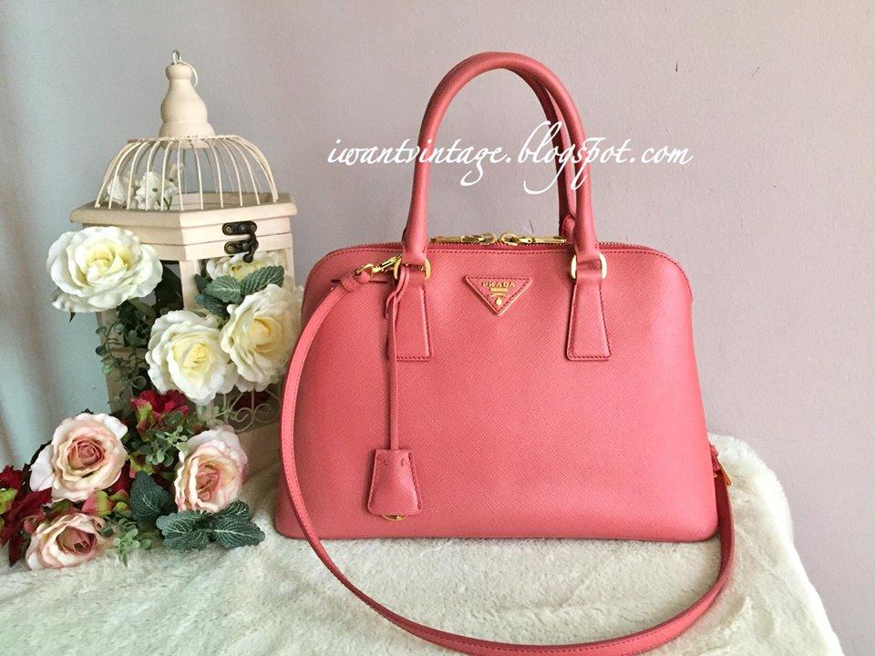 2b131e454d83 ... cheap prada bl0837 saffiano lux bag tamaris 2372d b55b6
