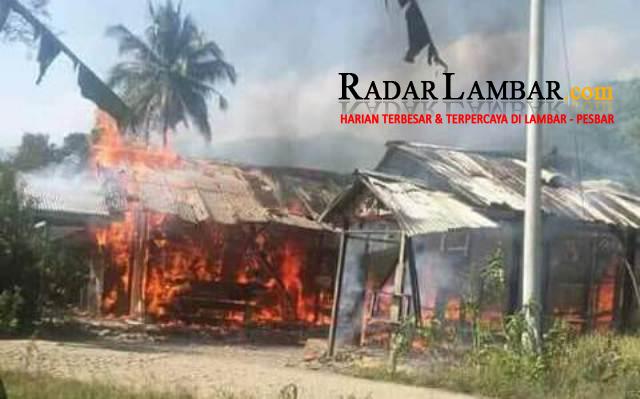 Ditinggal ke Ladang, Dua Rumah Ludes Terbakar