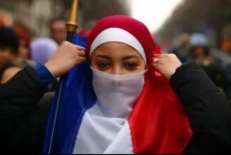 """Le hijab c""""est aussi pour les hommes  الحجاب أيضا للرجال"""
