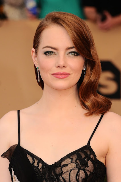 Emma Stone in Platinum at the 23rd Annual Screen Actors Guild Awards_Instar Images worldwide photo rights_expires January 29 2018_