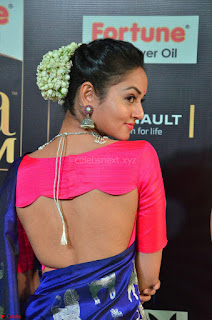 Shanvi Looks Super Cute in Pink Backless Choli Blue Saree at IIFA Utsavam Awards 2017 09.JPG
