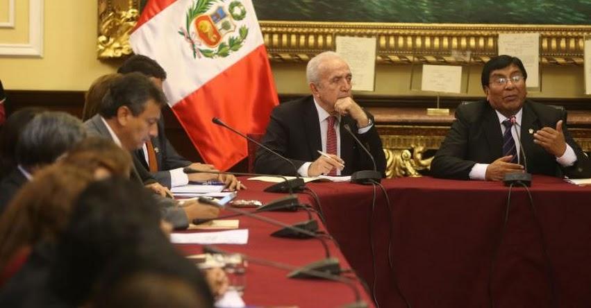 Es positivo que Acuerdo Nacional debata temas de educación, sostiene el congresista Lucio Ávila