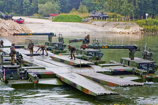Amphibious Bridging and Ferrying System M3