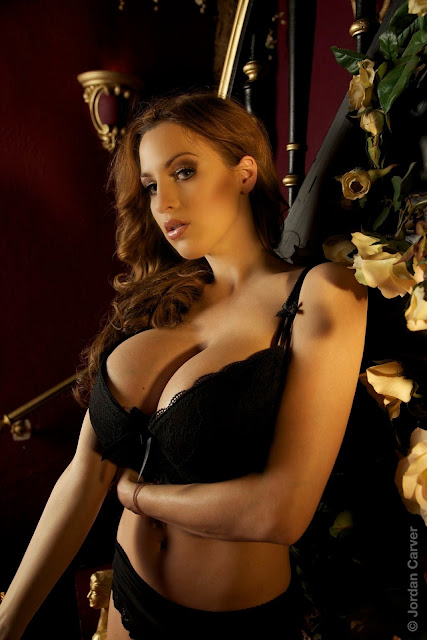 Jordan-Carver-Giuliette-photoshoot-image-hot-and-sexy-HD_22
