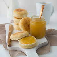 http://siasoulfood.blogspot.de/2015/10/english-muffins-apfel-zimt-konfiture.html