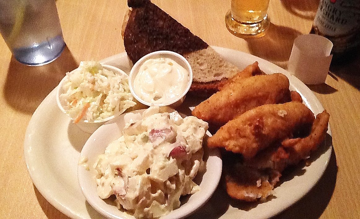 6 ways to spend a weekend away in door county katiekat for Hilltop inn fish creek