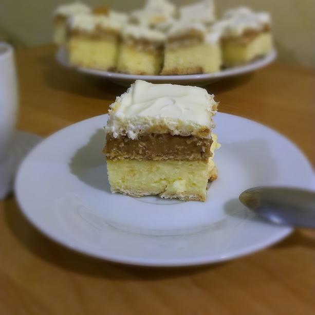 przepis na ciasto trzy bit, jak zrobić ciasto trzy bit, słodkie ciasto, ciasto na święta, ciasto do kawy, słodkości, ciasto, słodycze, kremówka, ciasto 3 bit, trzy bit, 3 bit