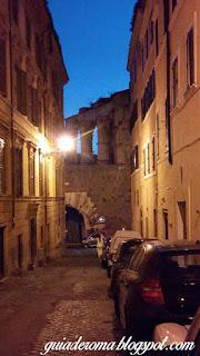 bairro monti tour portugues foro romano - O bairro Monti em Roma