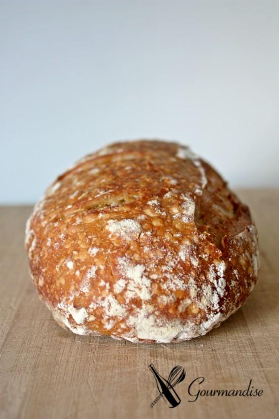 Pão de enkir, espelta e abacaxi