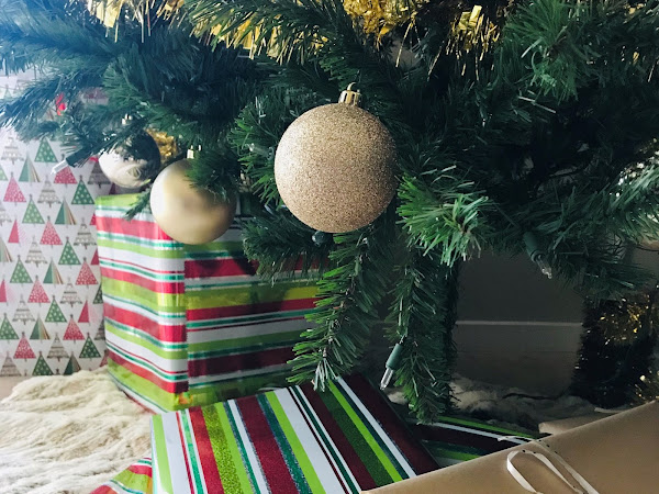 Holidays On A Budget: How To Say No to A Gift Exchange
