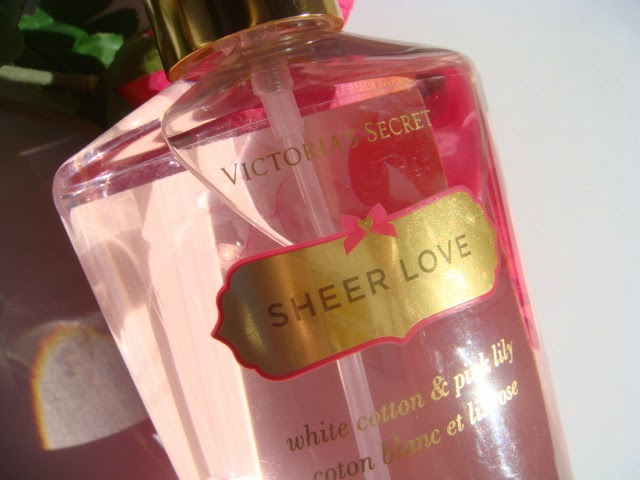 Spray Corporal Sheer Love de Victoria´s Secret