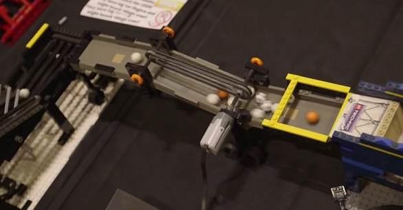 Η μεγαλύτερη κατασκευή Lego μεταφοράς μπίλιας top ten