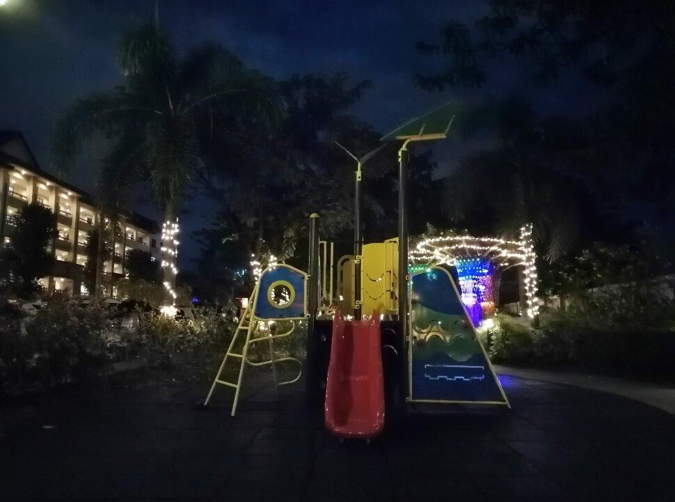 Huawei Y9 2019 Main Camera Sample - Night, Playground with AI