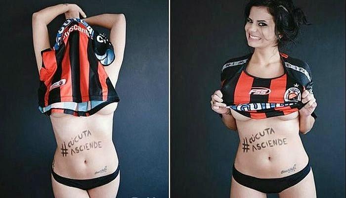 Jurnalis Cantik Seksi Pamer Foto Bugil