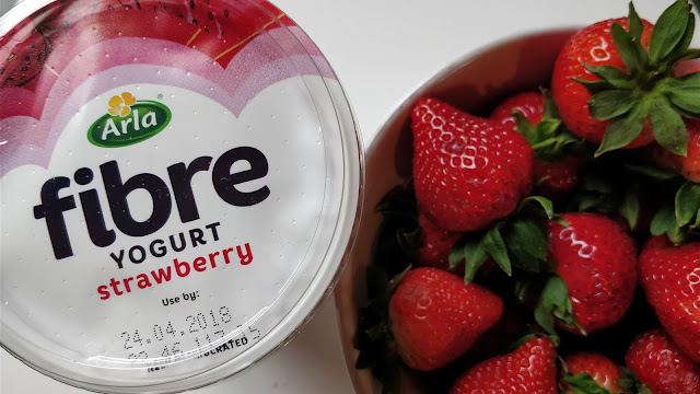 Arla Fibre yoghurt, strawberry