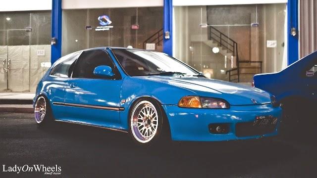 Mobil Honda Estilo Blue
