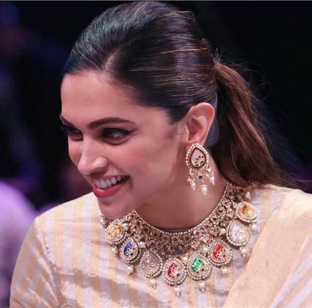 Deepika Padukone Meena Work Choker