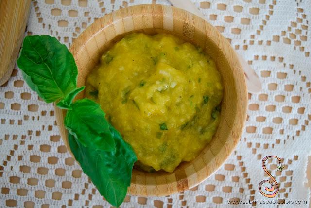 Salsa de mango y albahaca