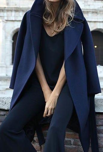 Για τις κρύες μέρες του χειμώνα που έρχονται δεν υπάρχει τίποτα καλύτερο  από ένα κομψό μάλλινο παλτό. 27251b0a359