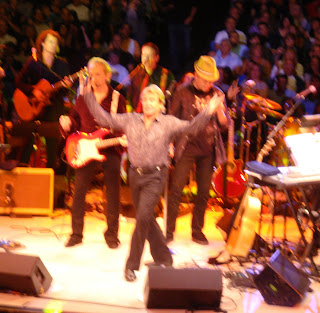 centerfield maz: Concert Review: Hey Hey We're The Monkees: 45th