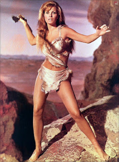 Raquel Welch sexy cavegirl outfit One Million Years BC 1966