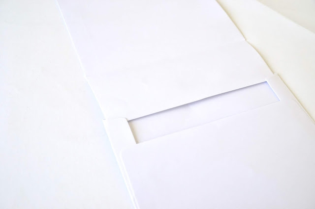 https://danipeuss.blogspot.com/2018/06/buntes-minialbum-aus-briefumschlagen.html