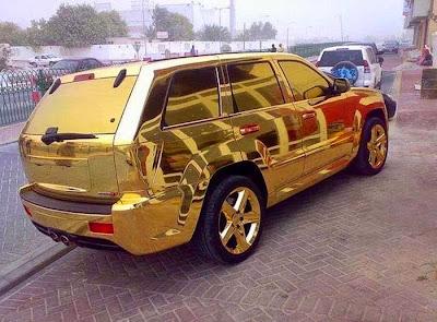 carro em ouro Dubai