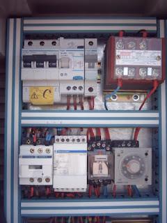 Reinstalación de redes eléctricas en viejos inmuebles.